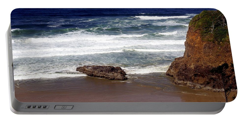 Ocean Portable Battery Charger featuring the photograph Oregon Coast 6 by Marty Koch