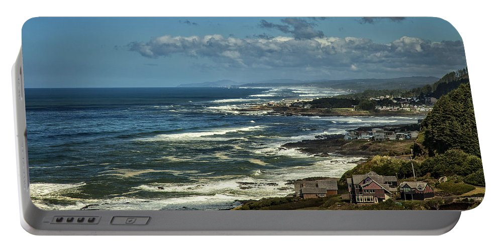 Florence Portable Battery Charger featuring the photograph Oregon Coast View by Diana Powell