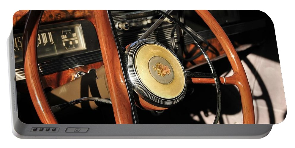 Steering Wheel Portable Battery Charger featuring the photograph Packard Steering Wheel by David Lee Thompson