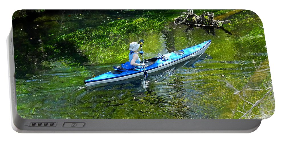 Ichetucknee Springs Portable Battery Charger featuring the photograph Paddling The Ichetucknee by David Lee Thompson