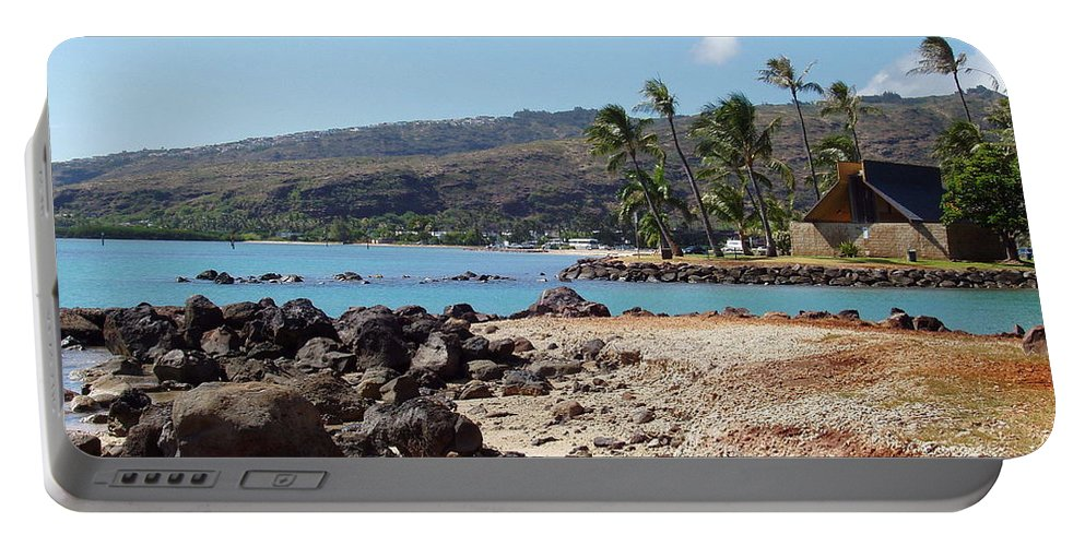 Hawaii Portable Battery Charger featuring the photograph Panorama by Deborah Crew-Johnson