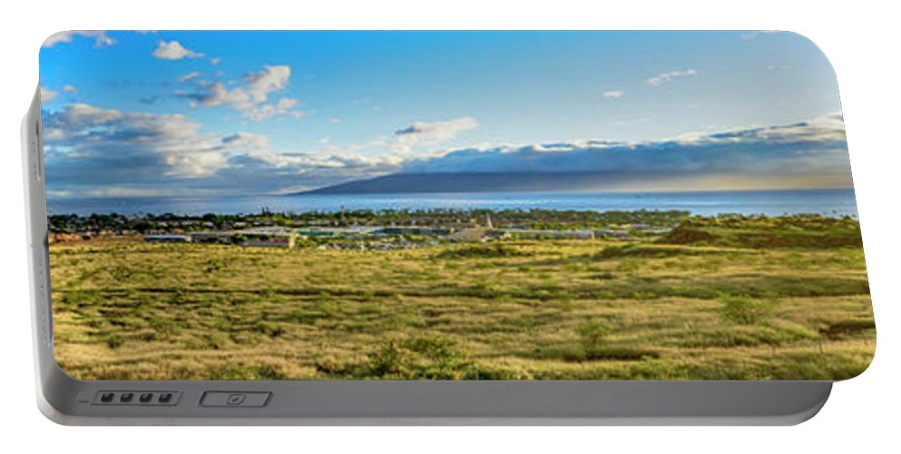Hawaii Portable Battery Charger featuring the photograph Panorama  by Jim Thompson