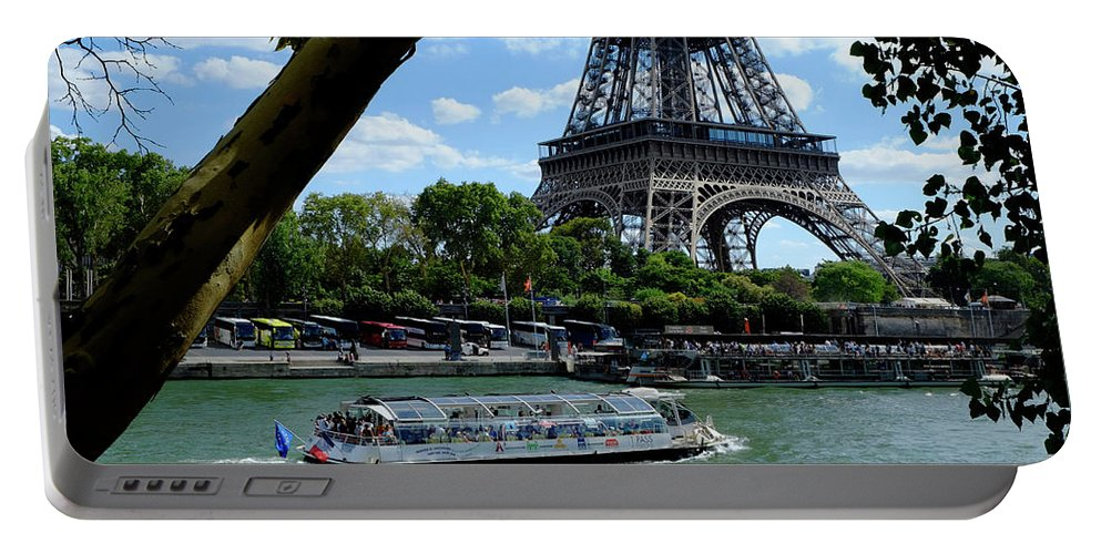Paris Eiffel Boat Portable Battery Charger featuring the photograph Paris Eiffel Boat by August Timmermans
