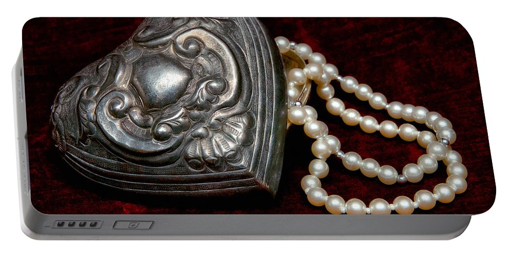 Pewter Portable Battery Charger featuring the photograph Pearls From The Heart by Christopher Holmes