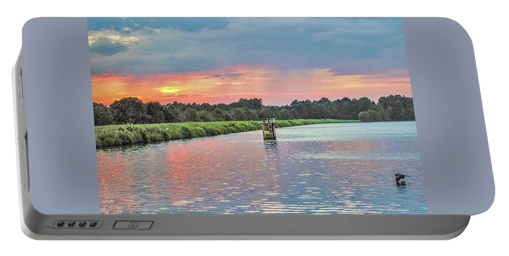 Sunset Portable Battery Charger featuring the photograph Peewee Flight by Chad Fuller