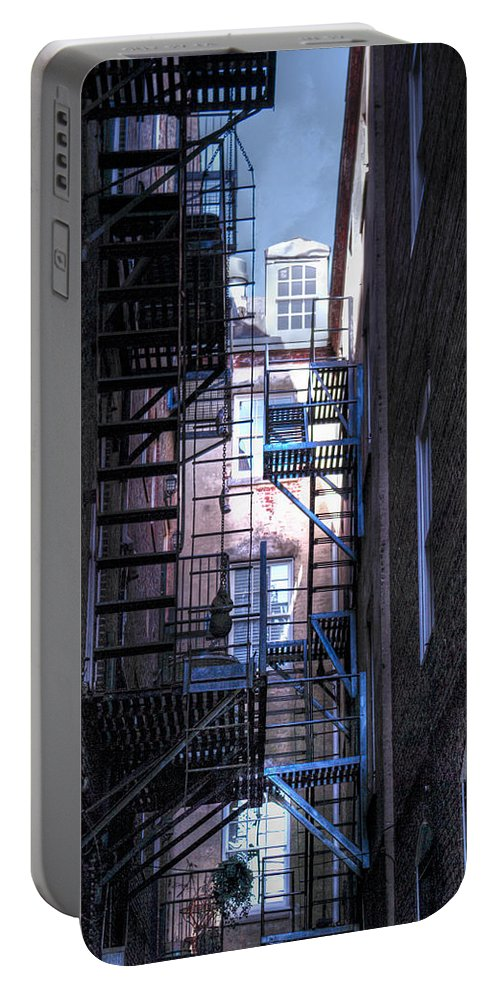 Philadelphia Portable Battery Charger featuring the photograph Philadelphia Neighbors by Scott Wyatt