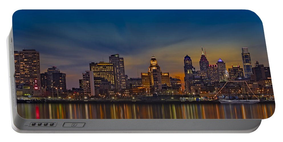 Philadelphia Skyline Portable Battery Charger featuring the photograph Philadelphia Skyline Panorama by Susan Candelario
