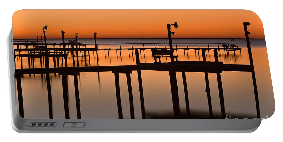Dusk Portable Battery Charger featuring the photograph Piers by Inga Spence