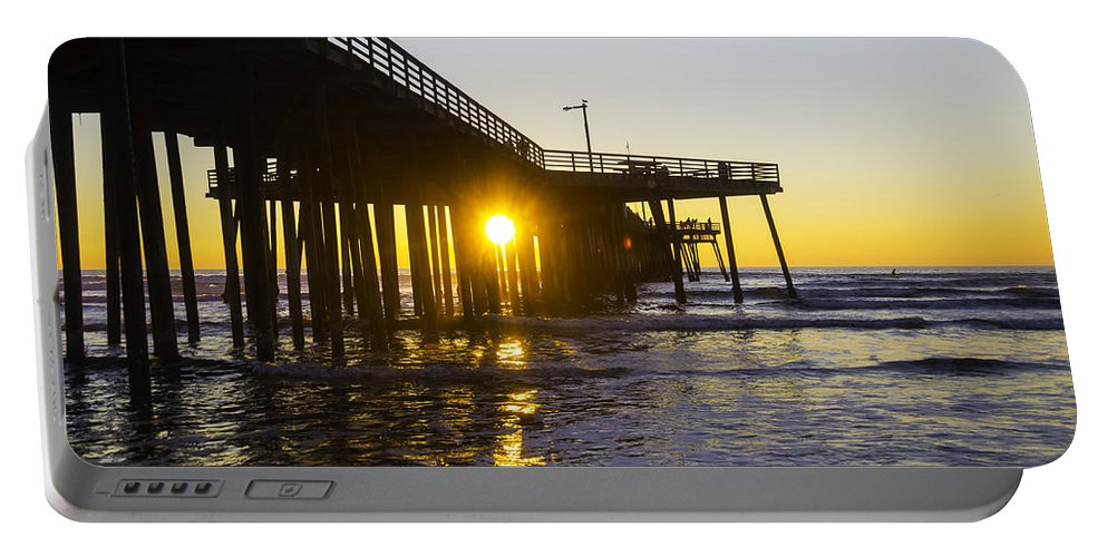 Pismo Beach Portable Battery Charger featuring the photograph Pismo Beach Pier by Garry Gay