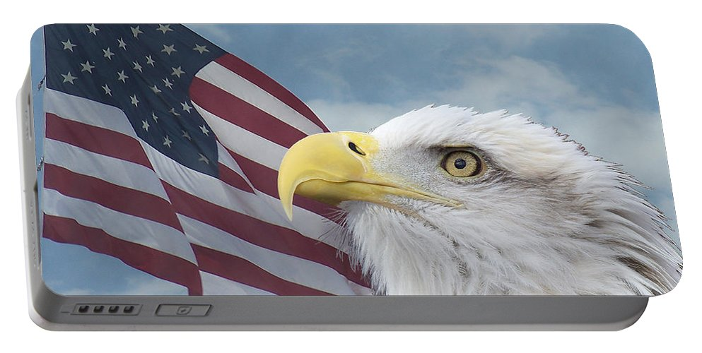 Birds Portable Battery Charger featuring the photograph Proud by Ernie Echols
