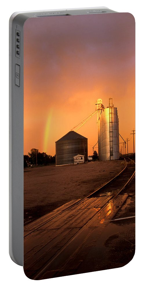 Potter Portable Battery Charger featuring the photograph Rainbow In Potter by Jerry McElroy