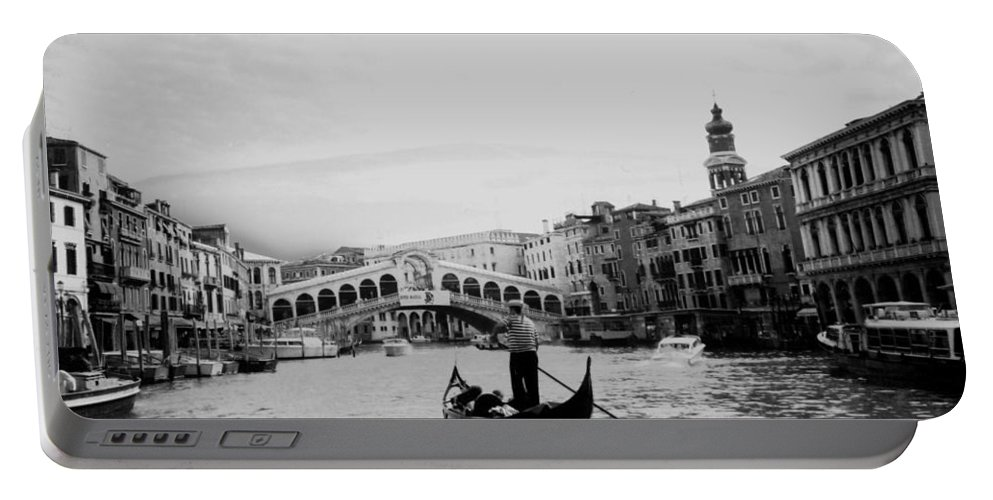 Gondolier Portable Battery Charger featuring the photograph Rialto Bridge In Venice by Heike Hellmann-Brown