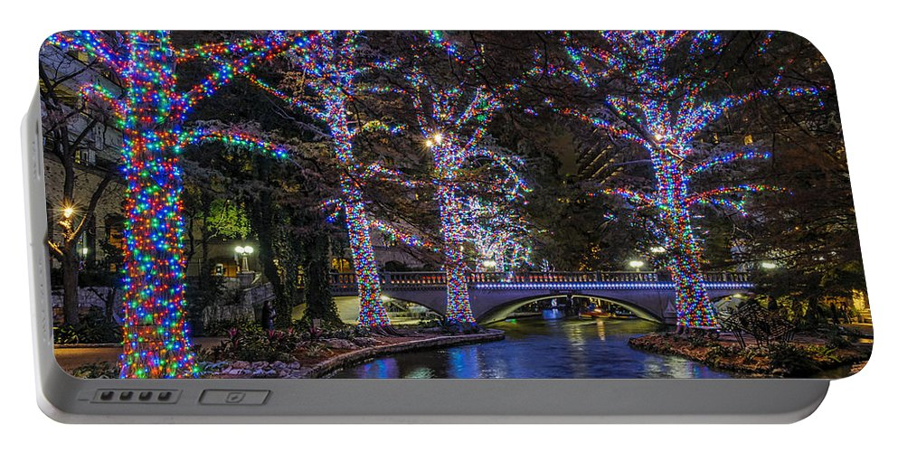 San Antonio Riverwalk Portable Battery Charger featuring the photograph Riverwalk Christmas by Steven Sparks
