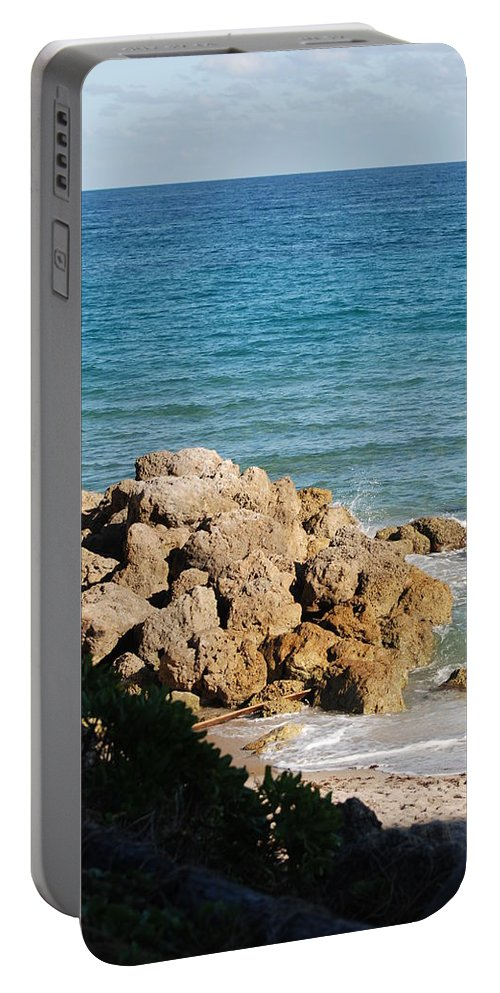 Sea Scape Portable Battery Charger featuring the photograph Rocky Shoreline by Rob Hans