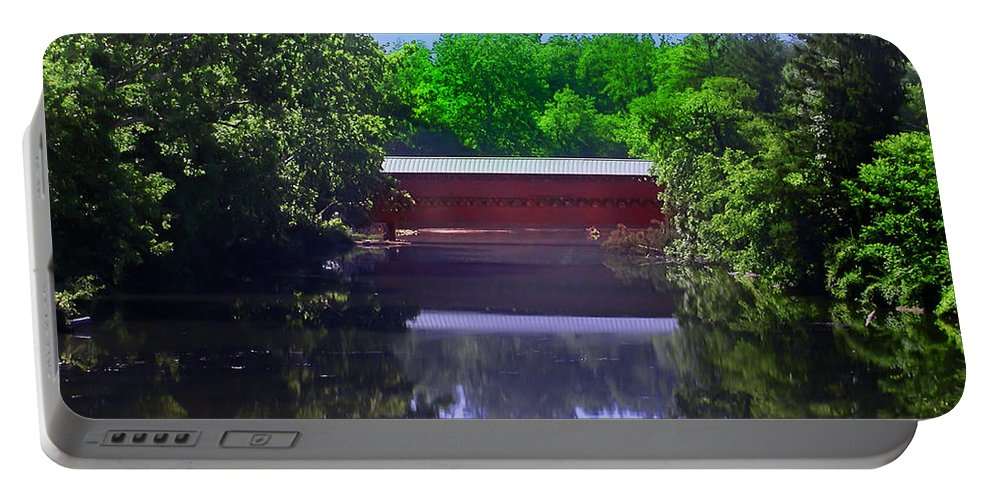 Sachs Covered Bridge Portable Battery Charger featuring the photograph Sachs Covered Bridge In Gettysburg by Bill Cannon