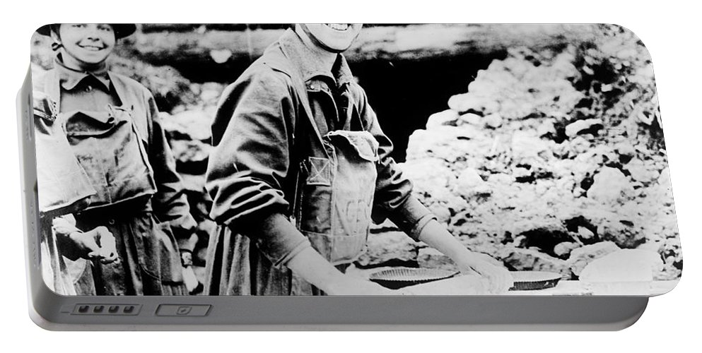 1920 Portable Battery Charger featuring the photograph Salvation Army, C1920 by Granger