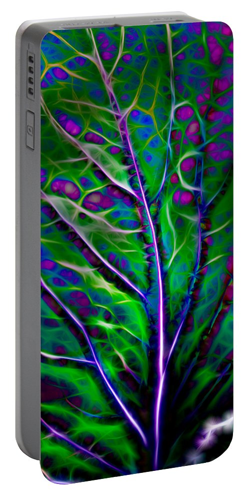 Hakon Portable Battery Charger featuring the photograph Scintillating Leaf by Hakon Soreide