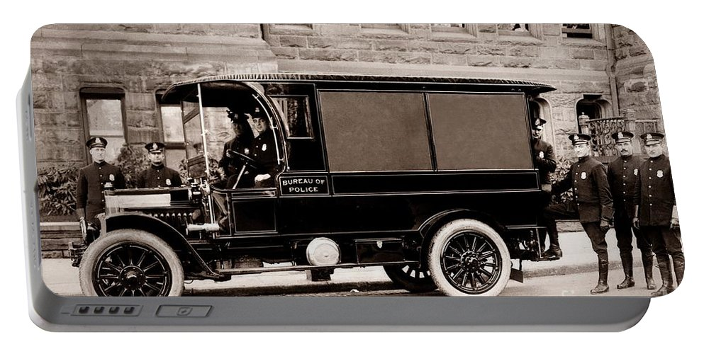 Scranton Pennsylvania Portable Battery Charger featuring the photograph Scranton Pennsylvania Bureau Of Police Paddy Wagon Early 1900s by Arthur Miller