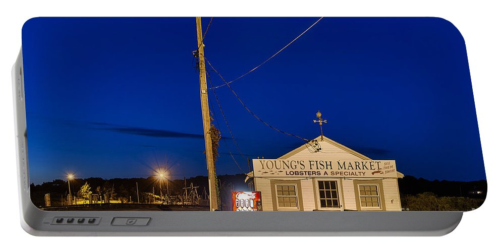 Small Business Portable Battery Charger featuring the photograph Seafood Shack by John Greim