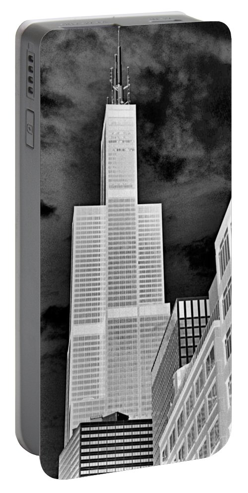 Sears Tower Portable Battery Charger featuring the photograph Sears Tower by Ely Arsha