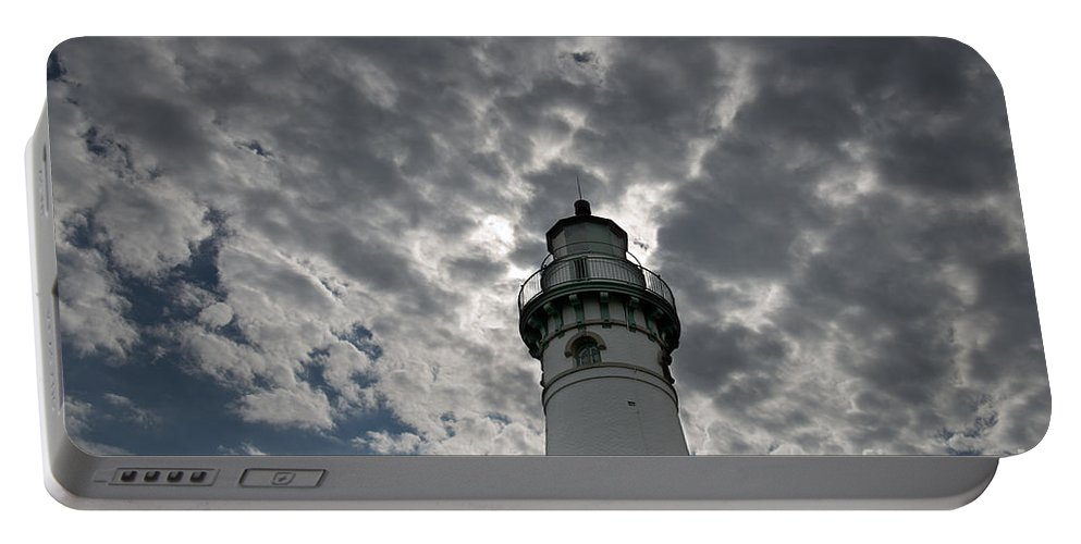 Lighthouse Portable Battery Charger featuring the photograph Seul Choix Lighthouse by David Arment