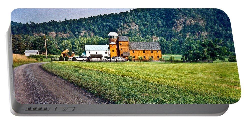 Shenandoah Portable Battery Charger featuring the photograph Shenandoah Valley Farm by Douglas Barnett