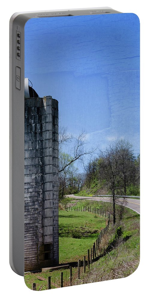 Farm Life Portable Battery Charger featuring the photograph Silo by Jim Love