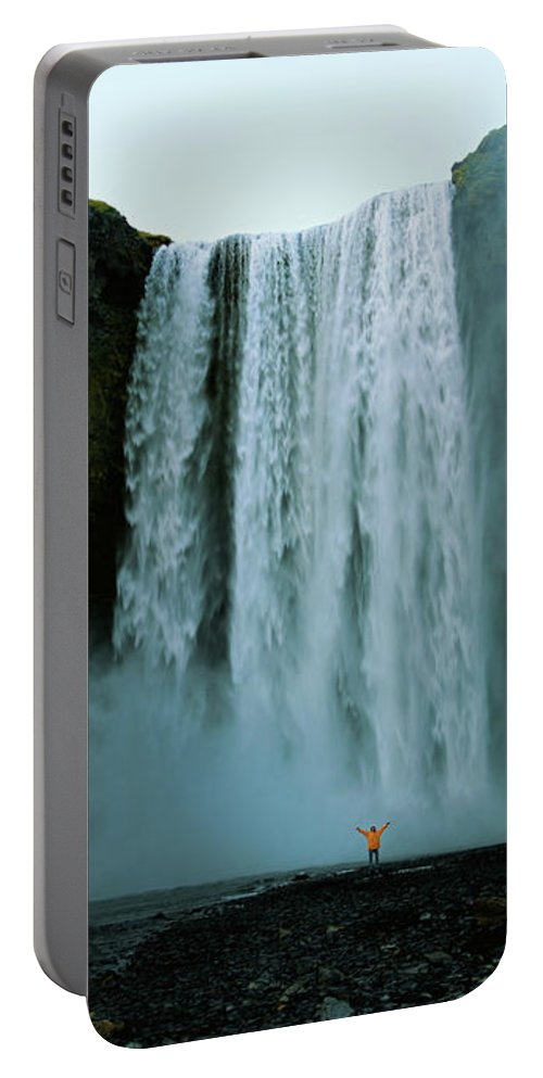 Waterfall Portable Battery Charger featuring the photograph Skogafoss by Arianne Dreessen