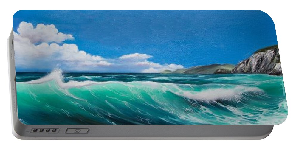 Ocean Portable Battery Charger featuring the painting Slea Head Co Kerry Dingle by Gabriella Szabo