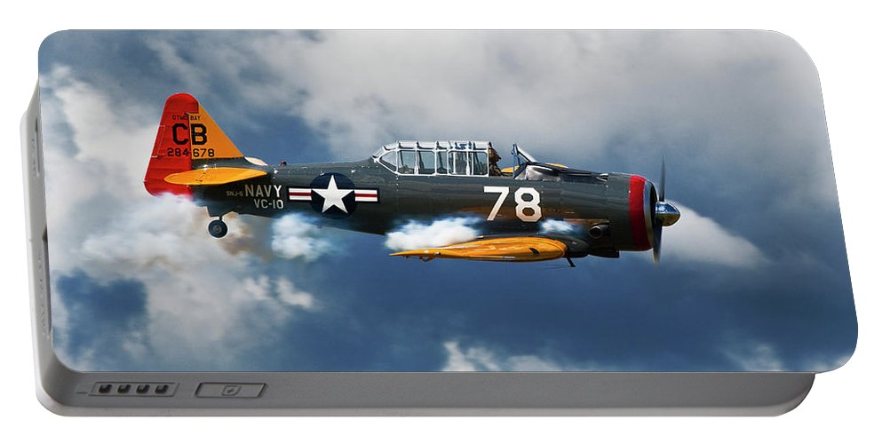 Snj-5 Portable Battery Charger featuring the photograph Snj-5 Texan T-6 Smoke On by Bruce Beck