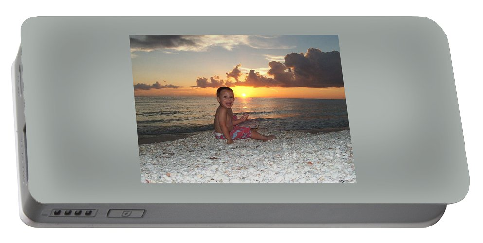 Sunset Portable Battery Charger featuring the photograph Sonsun by Michelle S White