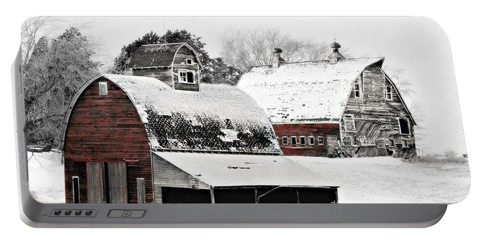 Christmas Portable Battery Charger featuring the photograph South Dakota Farm by Julie Hamilton