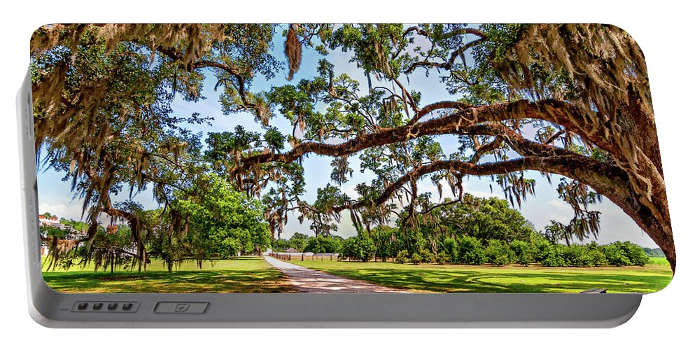 Nola Portable Battery Charger featuring the photograph Southern Serenity by Steve Harrington
