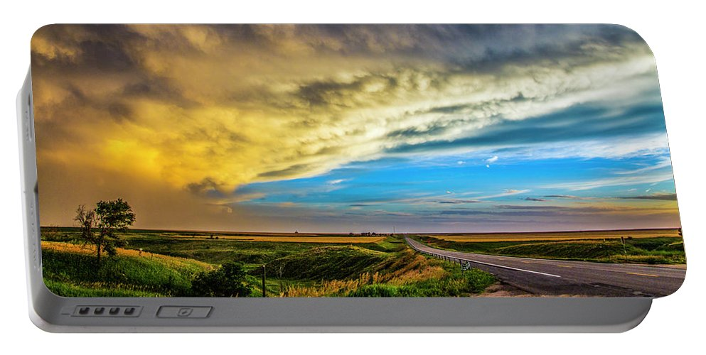 Nebraskasc Portable Battery Charger featuring the photograph Southwest Nebraska Chase Day 046 by NebraskaSC