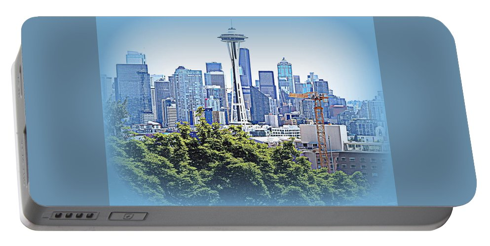 Landscape Portable Battery Charger featuring the photograph Space Needle 3 by Maro Kentros