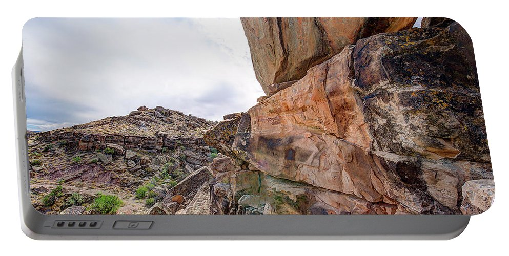 Clouds Portable Battery Charger featuring the photograph Spectral Light On The Cliffside by Jim Thompson