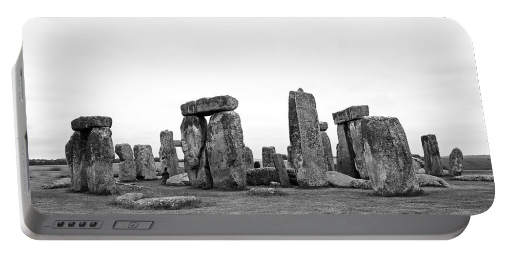 Stonehenge Portable Battery Charger featuring the photograph Stonehenge by Bob Kemp