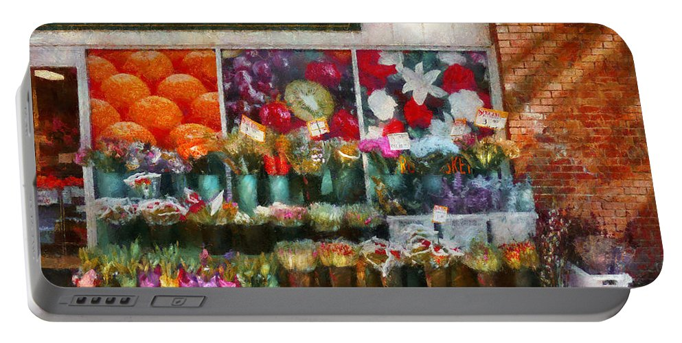 New Jersey Portable Battery Charger featuring the photograph Store - Westfield Nj - The Flower Stand by Mike Savad