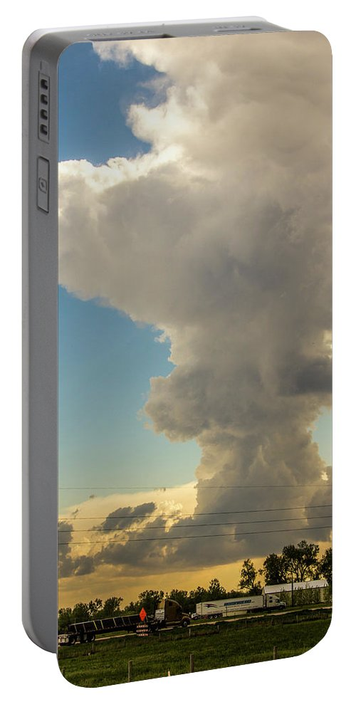 Nebraskasc Portable Battery Charger featuring the photograph Strong Storms In South Central Nebraska 001 by NebraskaSC