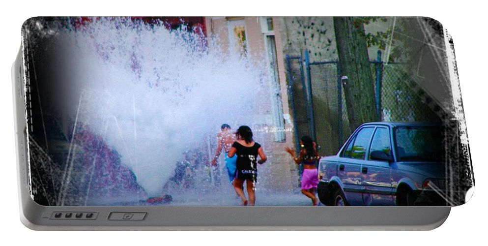 Fountain Portable Battery Charger featuring the photograph Summer In The City by Bill Cannon