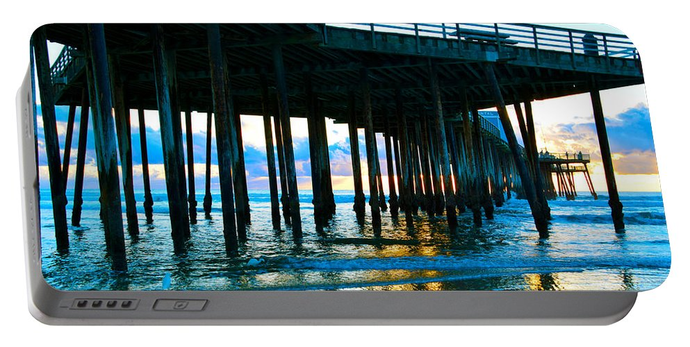 Sunset At Pismo Beach Pier Portable Battery Charger featuring the painting Sunset At Pismo Beach Pier by Barbara Snyder