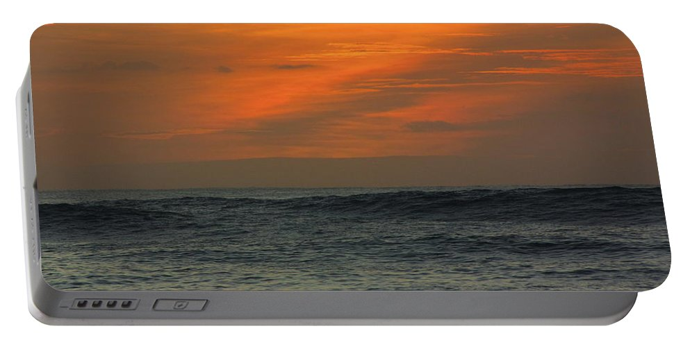Hawaii Portable Battery Charger featuring the photograph Sunset Ohau by Sarah Houser