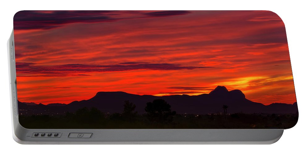 Sun Portable Battery Charger featuring the photograph Sunset Silhouette H1816 by Mark Myhaver