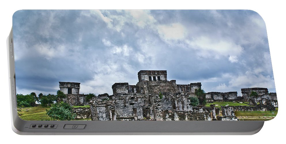 Tulum Ruins Portable Battery Charger featuring the photograph Talum Ruins 8 by Douglas Barnett
