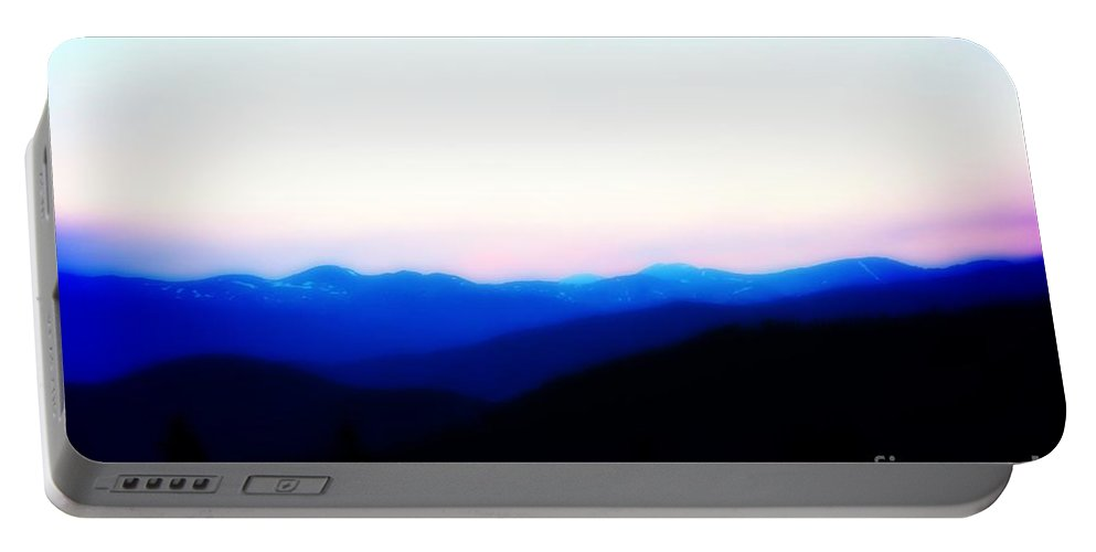Colorado Portable Battery Charger featuring the photograph Ten Mile Range Pink Sunset by Amy Steeples