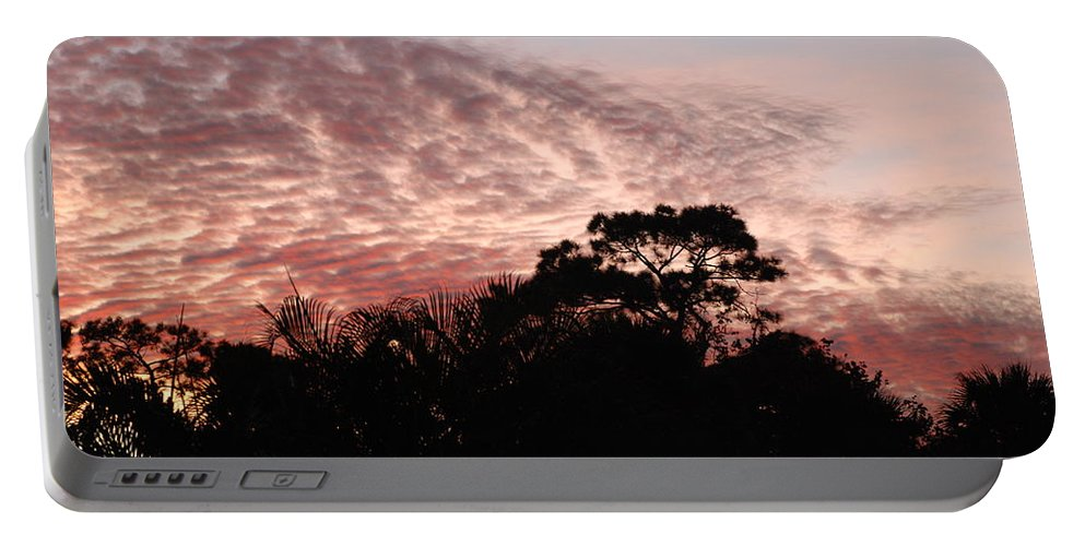 Sky Portable Battery Charger featuring the photograph Thanksgiving Sky by Rob Hans