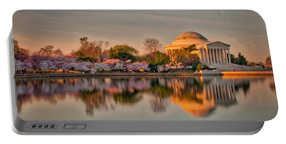 American Kiwi Photo Portable Battery Charger featuring the photograph The Jefferson Memorial And Cherry Trees In Bloom by Mark Dodd