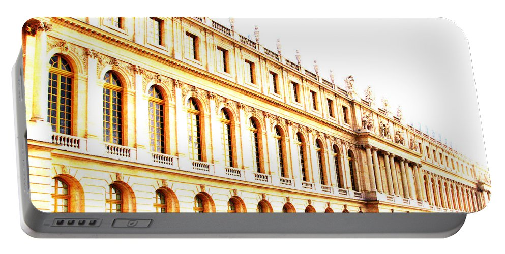 Versailles Portable Battery Charger featuring the photograph The Palace by Amanda Barcon