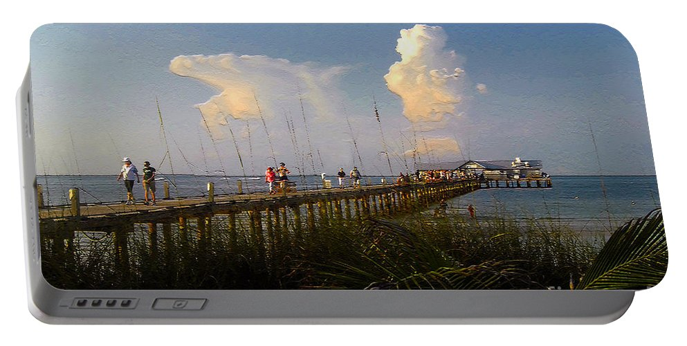 Pier Portable Battery Charger featuring the photograph The Pier On Anna Maria Island by David Lee Thompson