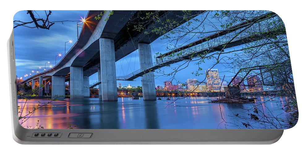 City Portable Battery Charger featuring the photograph The Robert E Lee Bridge by Jonathan Nguyen